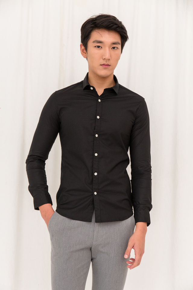 Basic Long Sleeve Slim-fit Shirt in Black