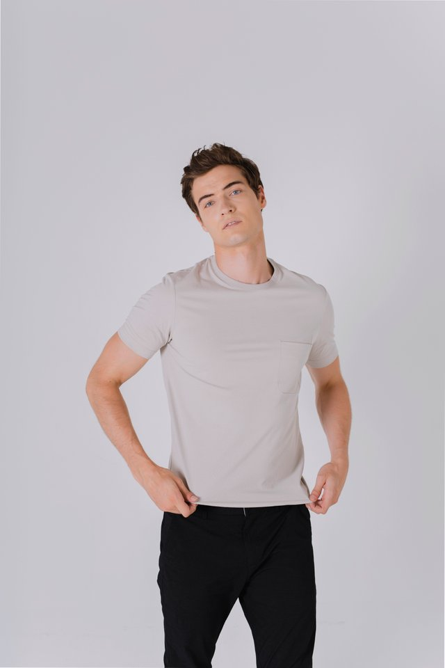 Arrow Pocket Crew Neck Tee in Beige