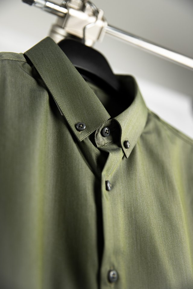 Reflect Green Button Down Long Sleeve Shirt