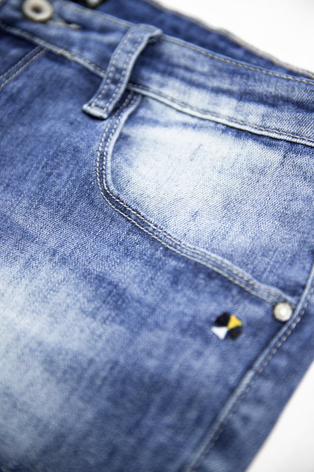 Light Washed Denim Jeans